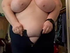 bigambercrystal, a 312lbs feedee From United States